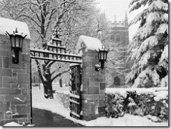 boston-college-campus-general-campus-main-gate-in-winter-bc-cp-gc-00015md